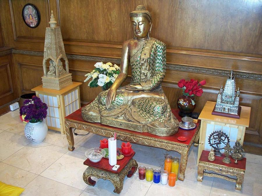 1000 Images About Buddhist Altar Weddings House Decor On Pinterest