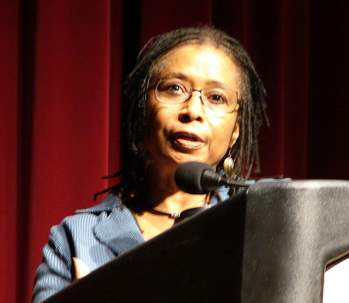 Alicewalker1.jpg