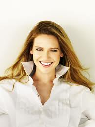 Anna Torv, actress from Australia, frequently wears the collar up, as do many actresses, models, and other celebrities